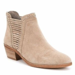 Vince Camuto Pippsy Suede Bootie Sz 10M